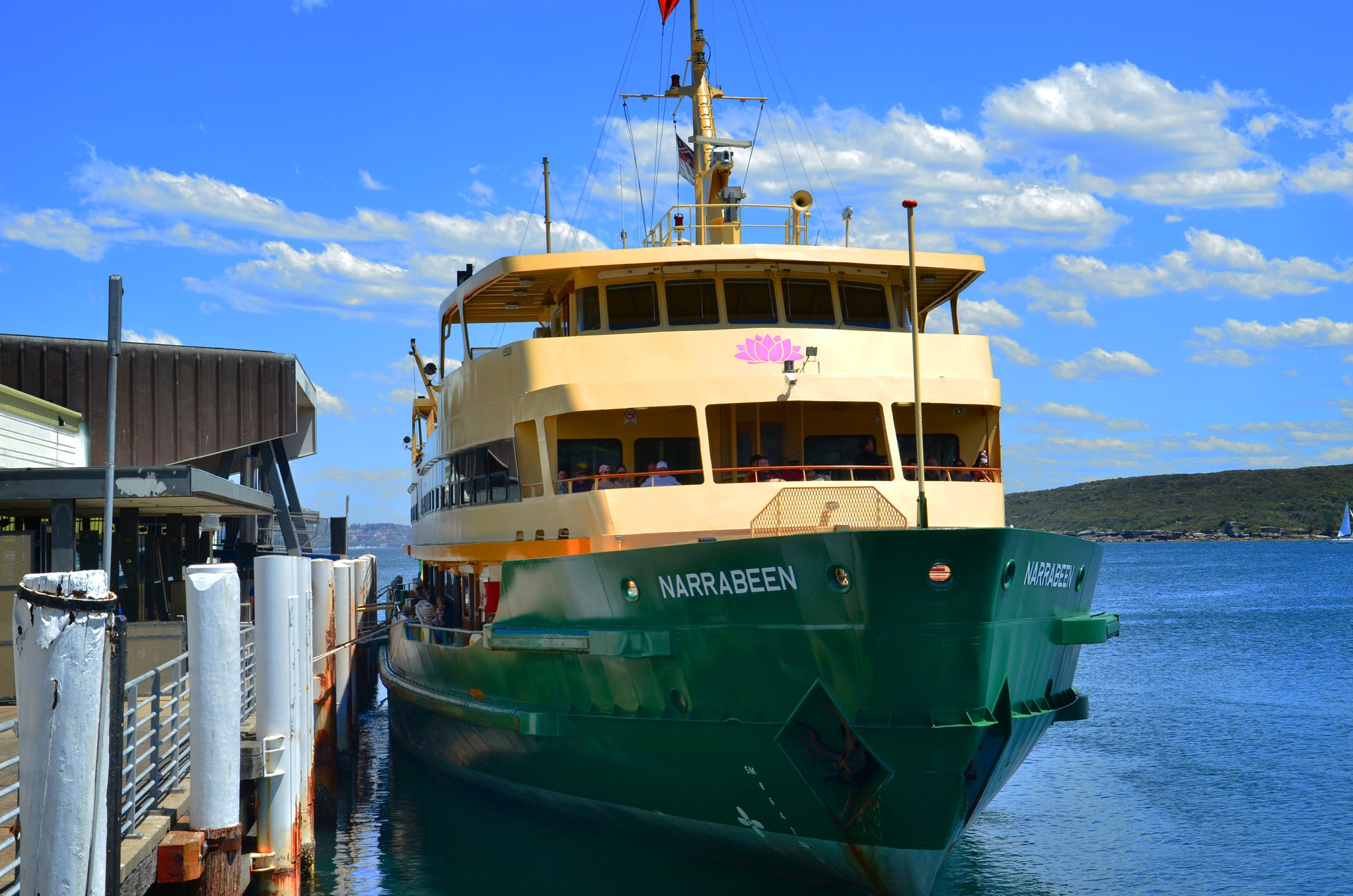 Manly Ferry - Image �2014 ManlyAustralia.com