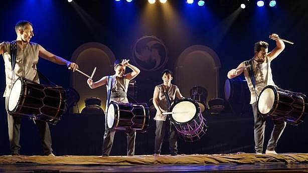 Internationally Acclaimed Taikoz Drum Up a Storm